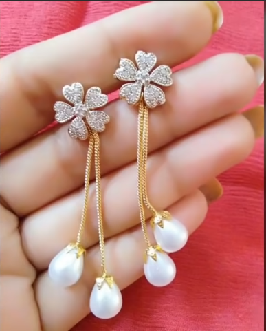 Trendy Gold Earring Designs1