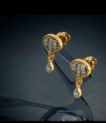 Trendy Gold Earring Designs12