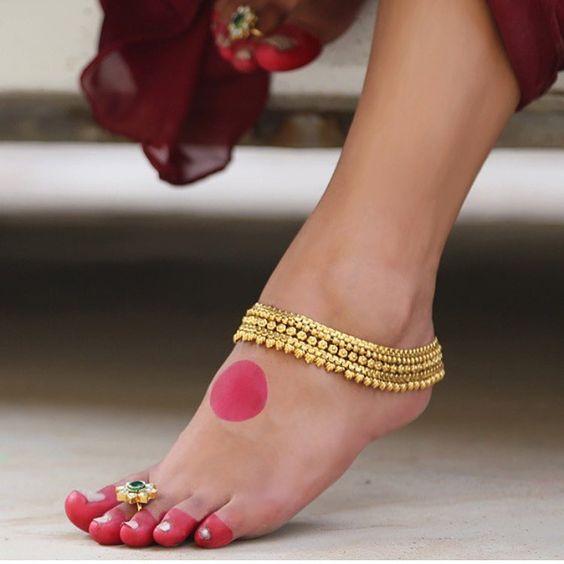 Bridal Gold Anklet Designs1