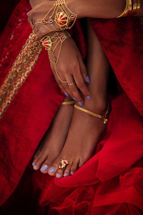 Bridal Gold Anklet Designs10