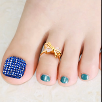 Designer Gold Plated and Silver Toe Rings1