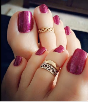 Designer Gold Plated and Silver Toe Rings12