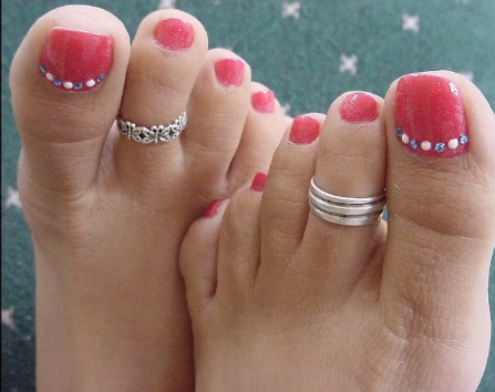 Designer Gold Plated and Silver Toe Rings13