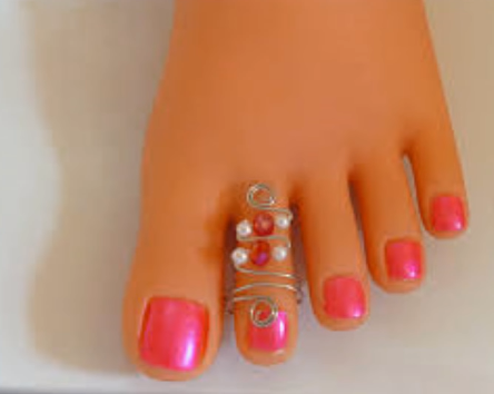 Designer Gold Plated and Silver Toe Rings17