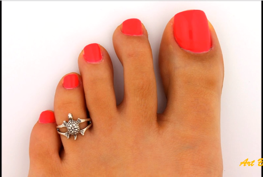 Designer Gold Plated and Silver Toe Rings6