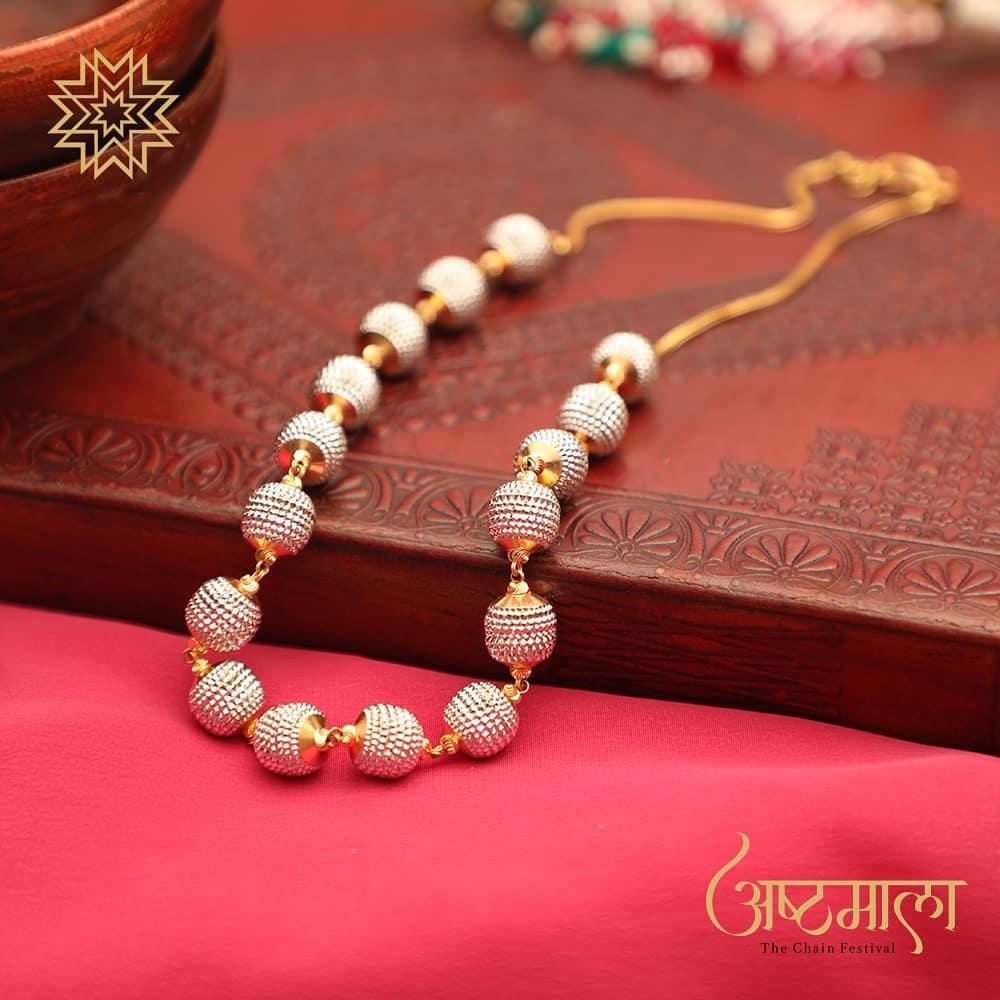 Extra-ordinary Necklace Design