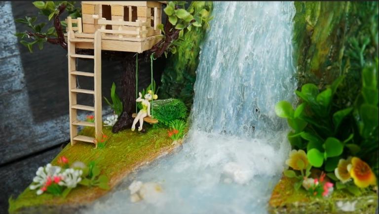 Hot Glue Waterfall Mini House23