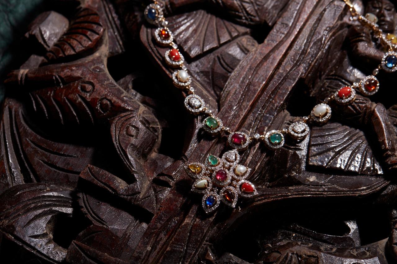 Ultra Gorgeous Diamond Necklace Designs11