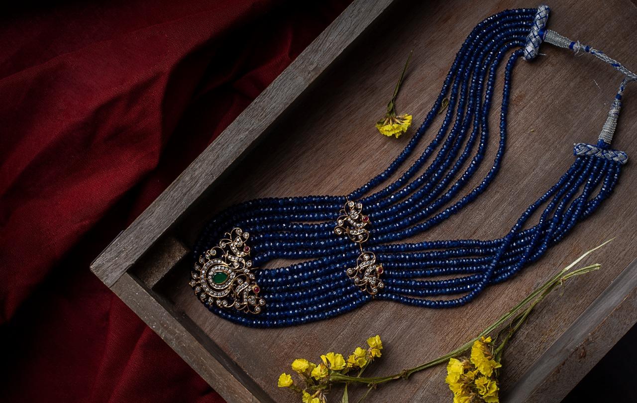 Ultra Gorgeous Diamond Necklace Designs5