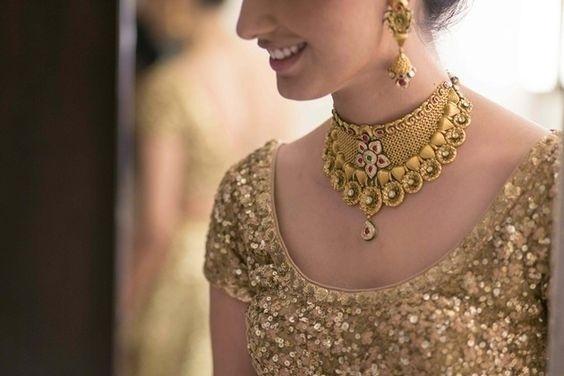matte gold bridal necklace