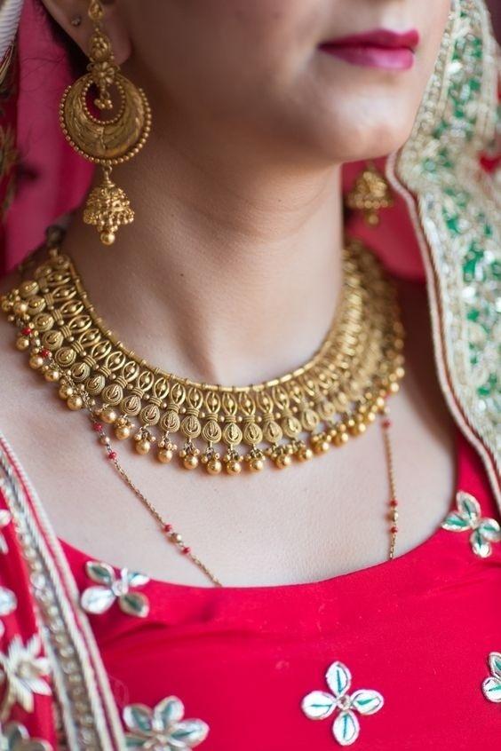 Bridal Gold Necklace Designs5