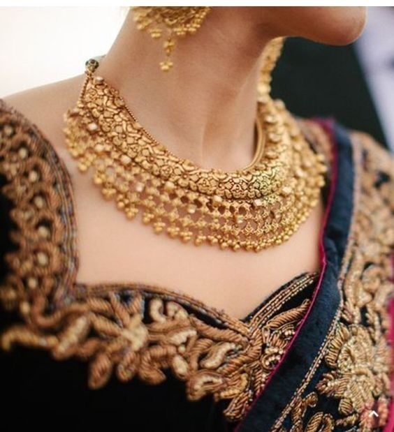 Bridal Gold Necklace Designs6
