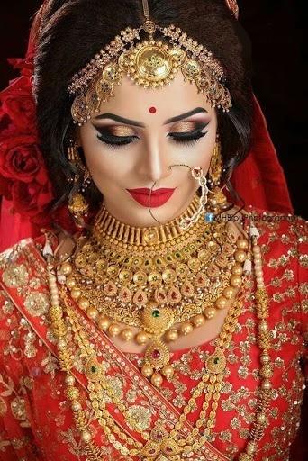 Bridal Gold Necklace Designs9