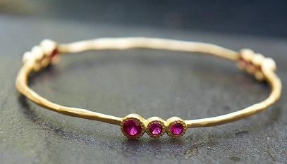 Pink Stone Cartwheel Bangle